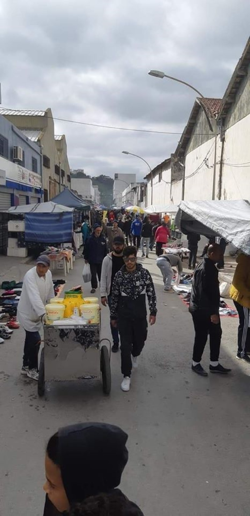 رغم تحذير وزارة الصحة، سوق المنصف باي اليوم