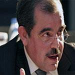 النظر في رفع تحجير السفر عن الوزير السابق منذر الزنايدي