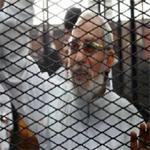 مصر: السجن المؤبد لمرشد الإخوان المسلمين و14 آخرين لإدانتهم في قضية عنف