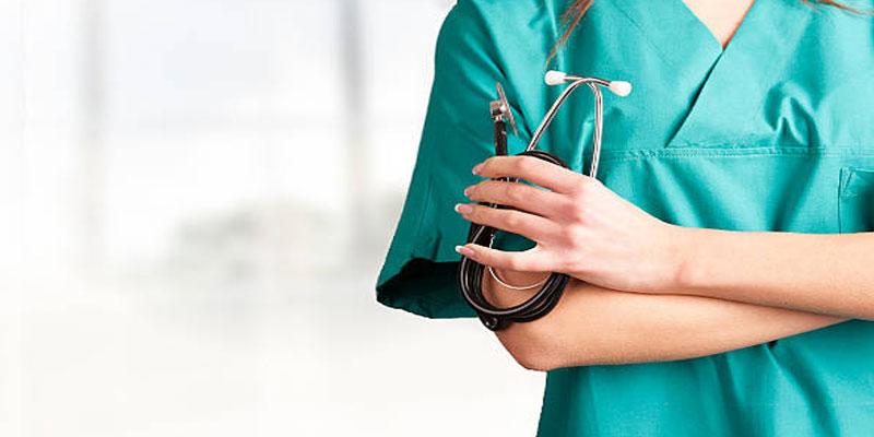 بنزرت: ممرّضة ترفض الإضراب وتُباشر عملها بصفة طبيعية