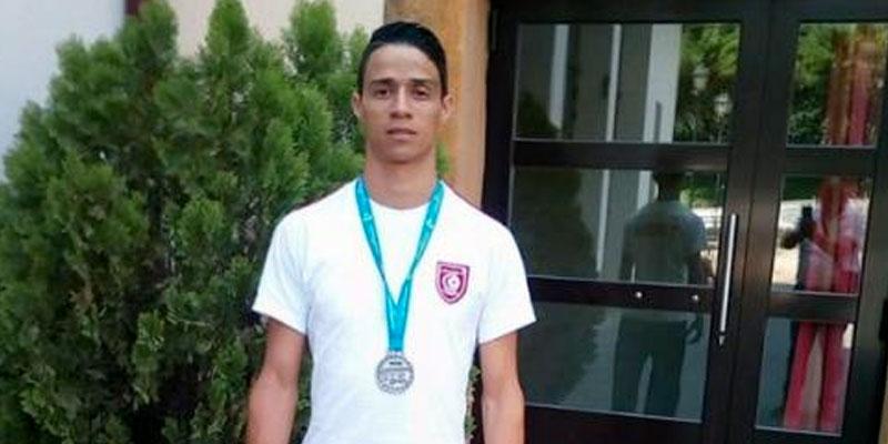 La médaille d'argent permettra de relancer le karatéka tunisien qui a beaucoup régressé, estime Nader Azzouzi