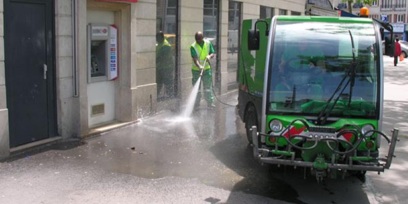 France : l'eau de nettoyage à Paris contaminée au Coronavirus