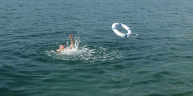 سوسة: إنقاذ شاب من الغرق كان يعتزم التسلل إلى إحدى البواخر الراسية بالميناء التجاري