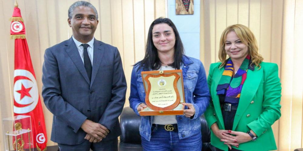 فحوى لقاء وزير الشباب والرياضة بالبطلة أنس جابر
