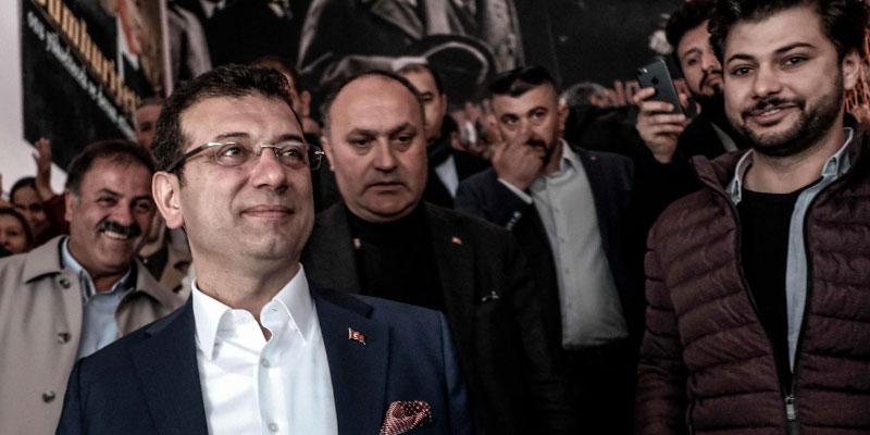 Elections municipales en Turquie, le candidat de l'opposition en tête à Istanbul