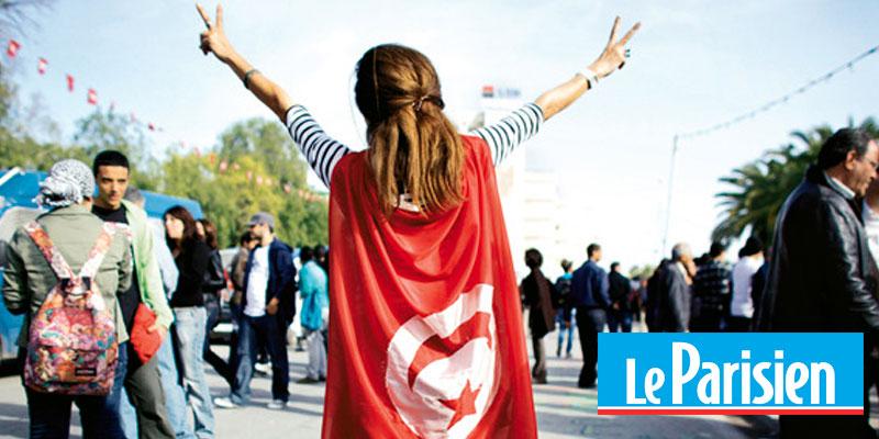 Les femmes tunisiennes portent l'avenir du pays, selon Le Parisien