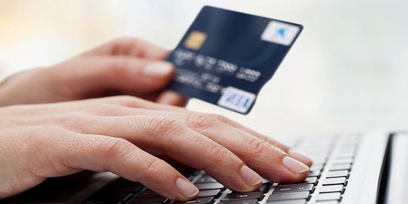 Les Tunisiens paient de plus en plus souvent via internet, selon Monétique Tunisie