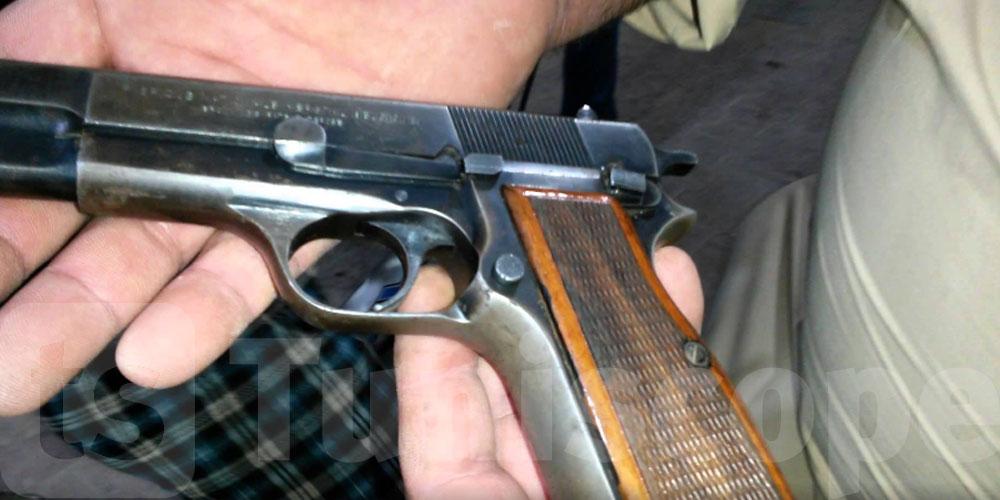 سوسة: الإطاحة بمسافر تونسي بحوزته مسدس ناري