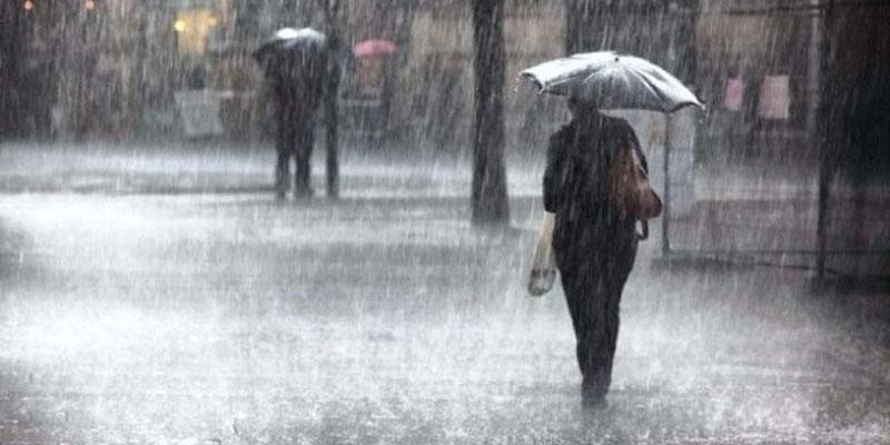 انخفاض في درجات الحرارة وأمطار رعدية هذه الليلة