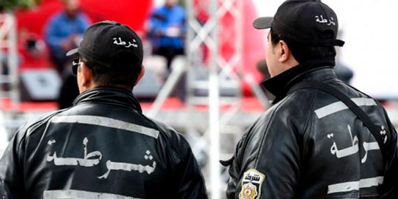 Intervention de la police pour veiller au respect de l'auto-isolement à Monastir