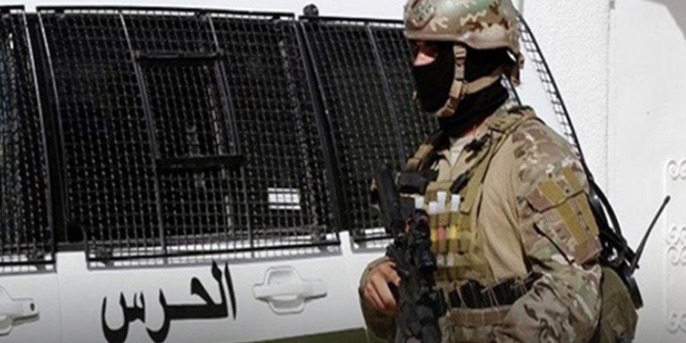 سيدي بوزيد: حجز بندقيتي صيد وبدلات عسكرية بمعتمدية سيدي علي بن عون