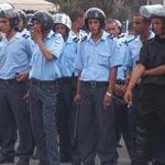وقفة احتجاجية لأعوان النقابة العامة للحرس الوطني أمام وزارة الداخلية للمطالبة بتسوية وضعياتهم