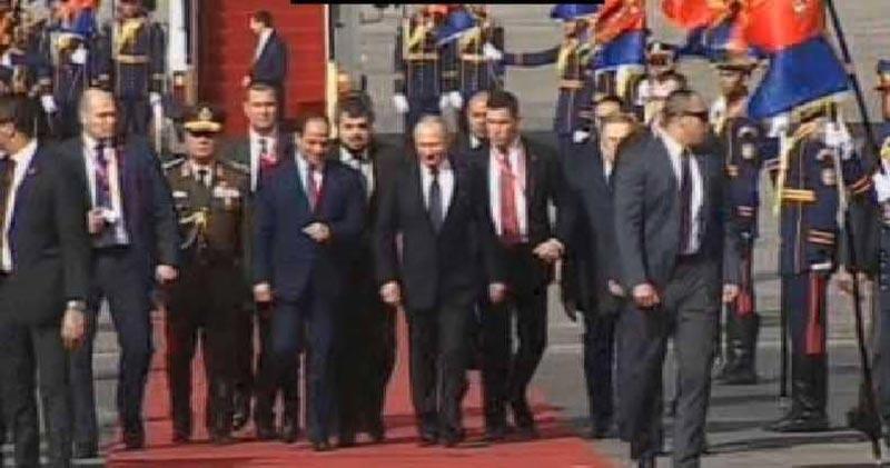 بوتن يصل القاهرة بعد زيارة مفاجئة إلى سوريا