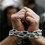 Le gouvernement libére 326 prisonniers