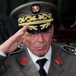 قضية الشهداء و الجرحى : المحكمة تعدل عن سماع شهادة الجنرال رشيد عمار