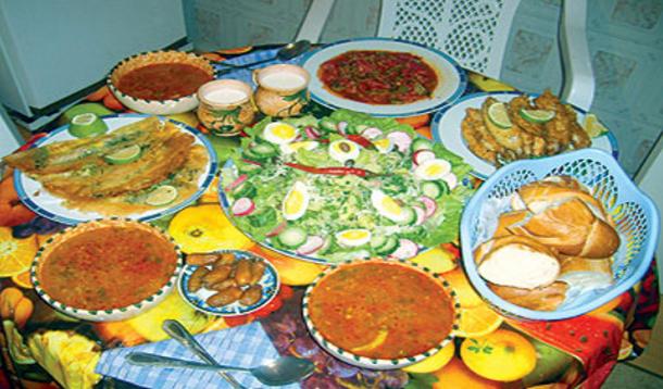 أيها الصائم: احذر هذه الأخطاء الستة الشائعة على مائدة رمضان