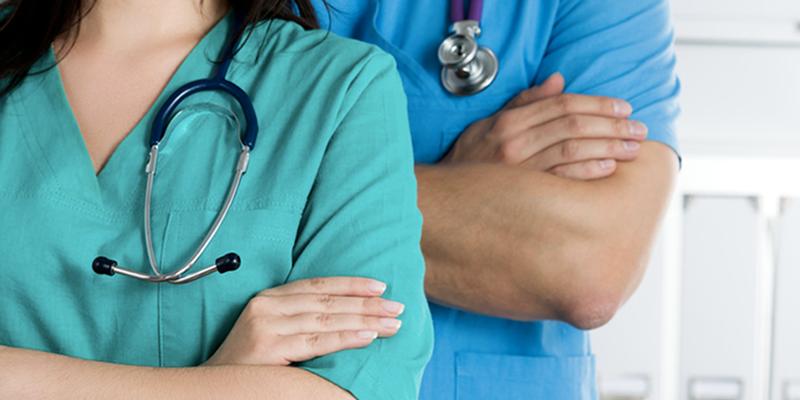 Le ministère de la santé recrute des médecins et des pharmaciens