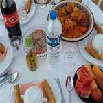 En photos-Un repas pour chaque tunisien : 100 repas distribués, hier