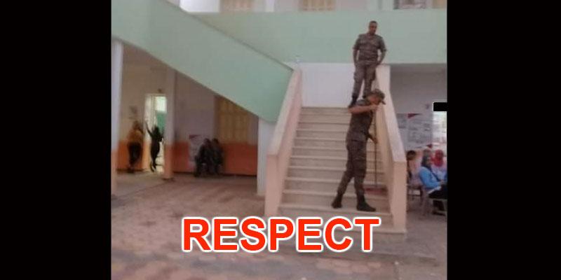 Photo du jour : L'armée nettoie les classes après les élections