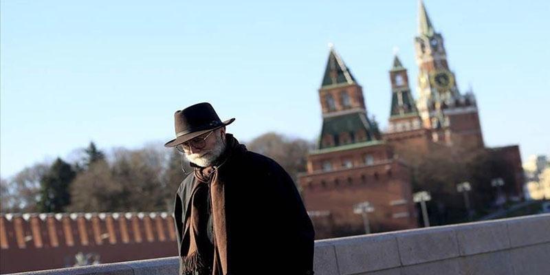 Covid-19 : Nouveau bond de 10.000 cas en Russie, plus forte hausse en Europe