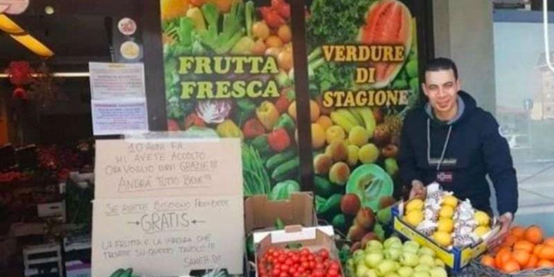 En photos : Un immigré tunisien en Italie offre gratuitement ses fruits et légumes