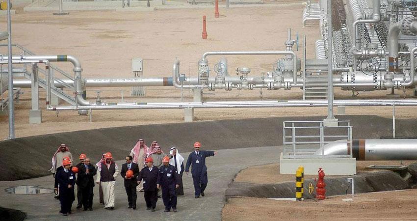 رويترز: تدهور العلاقات بين الرياض والكويت يعطل إنتاج النفط
