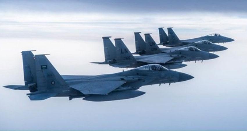 طائرات سعودية وأمريكية تحلق في سماء الخليج العربي