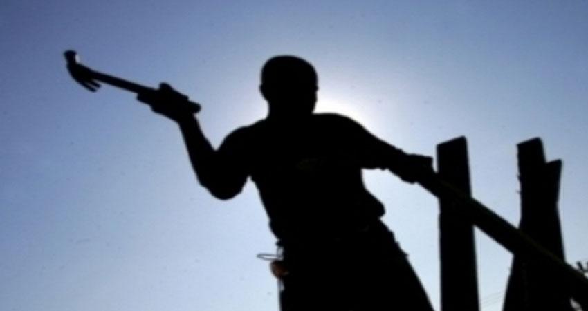 قرقنة :وفاة اب و ابنه بصعقة كهربائية في حضيرة بناء