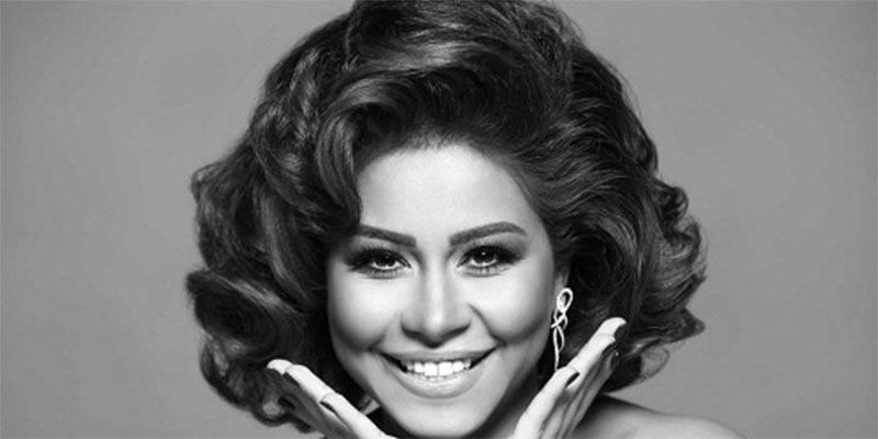 مصر: المغنية شيرين عبد الوهاب تعلن عن إصابتها بورم خبيث