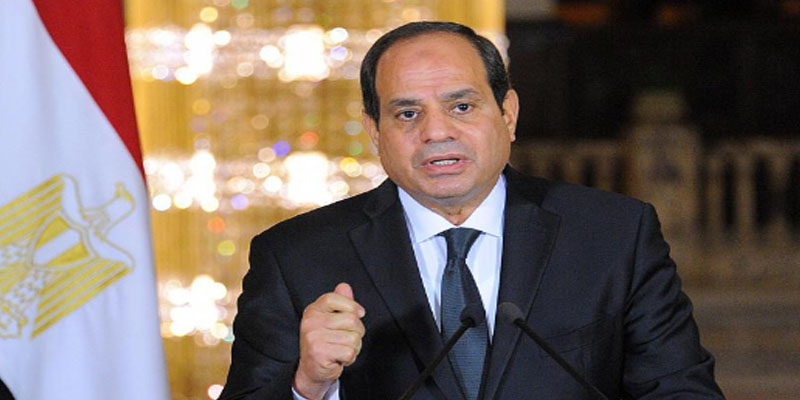 مصر: منع الوزراء والمسؤولين من السفر إلا بإذن رئاسي<