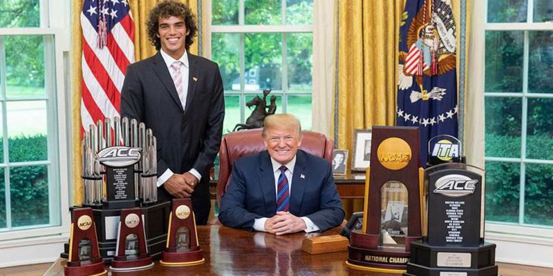 En photo : Le joueur de Tennis tunisien Skander Mansouri honoré par Donald Trump