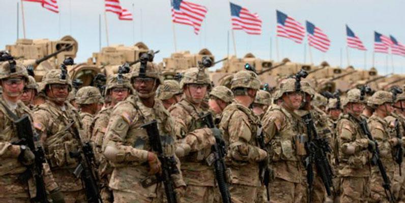 Bientôt, les soldats américains débarquent en Arabie Saoudite