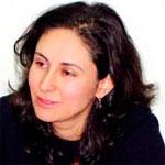 ألفة يوسف : إني أعتذر عن أي أنشطة لها رائحة سياسية