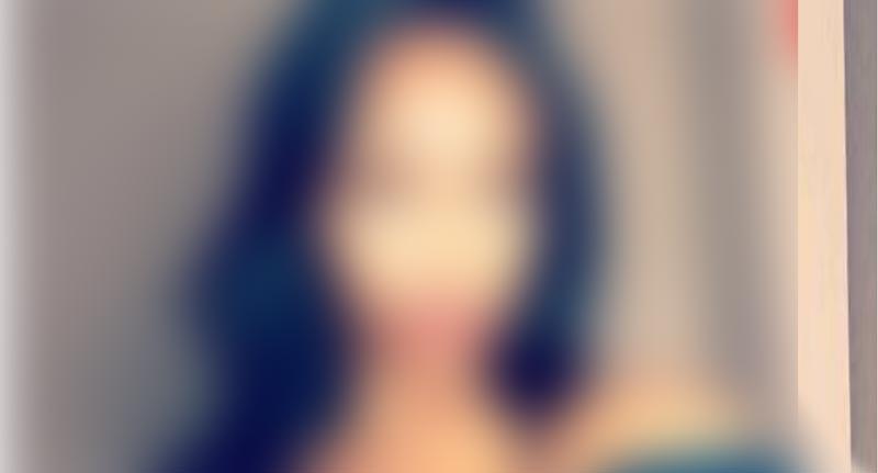 انتحار ممثلة شابة في خزانتها بسبب شكلها!