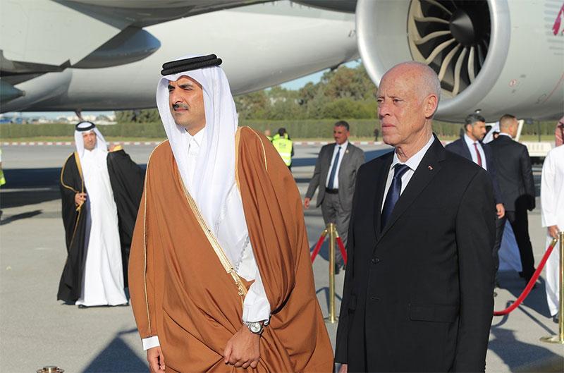 بالصور، قيس سعيّد يستقبل تميم بن حمد آل ثاني أمير دولة قطر