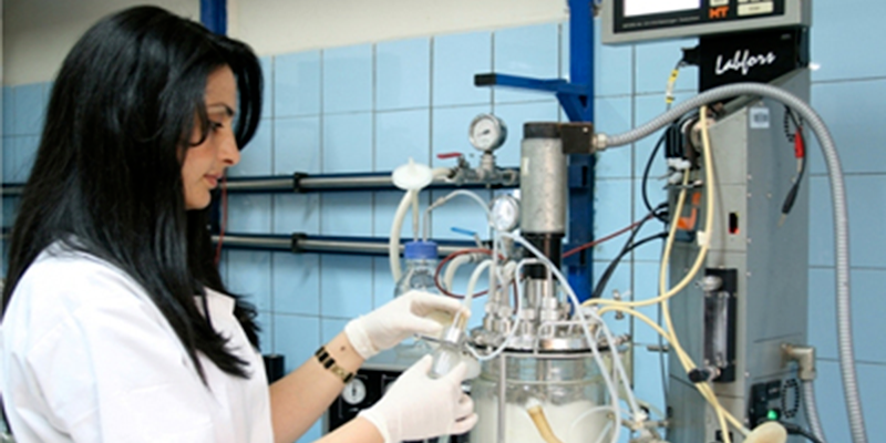 La Tunisie a le second taux des femmes diplômées des filières scientifiques le plus élevé au monde