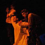 La pièce algérienne le huitième jour ; le corps en otage, comme métaphore…