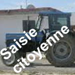 Béja : Les citoyens saisissent 2 tracteurs pour ramasser les déchets ménagers