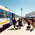 Les voyageurs très en colère suite à une grève qui a paralysé le trafic des trains hier !!!