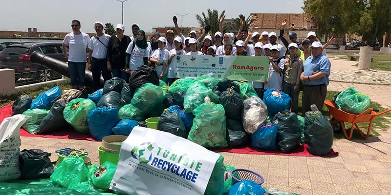 En photos : En 2 heures à Ghar El Melh ils collectent 400 Kg d'ordures