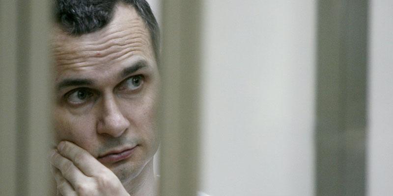 Le cinéaste ukrainien Sentsov, emprisonné en Russie, dans un état ''très grave''