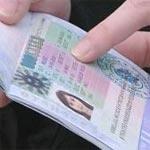 Le visa bloque aussi les hommes d'affaires et les procédures sont humiliantes