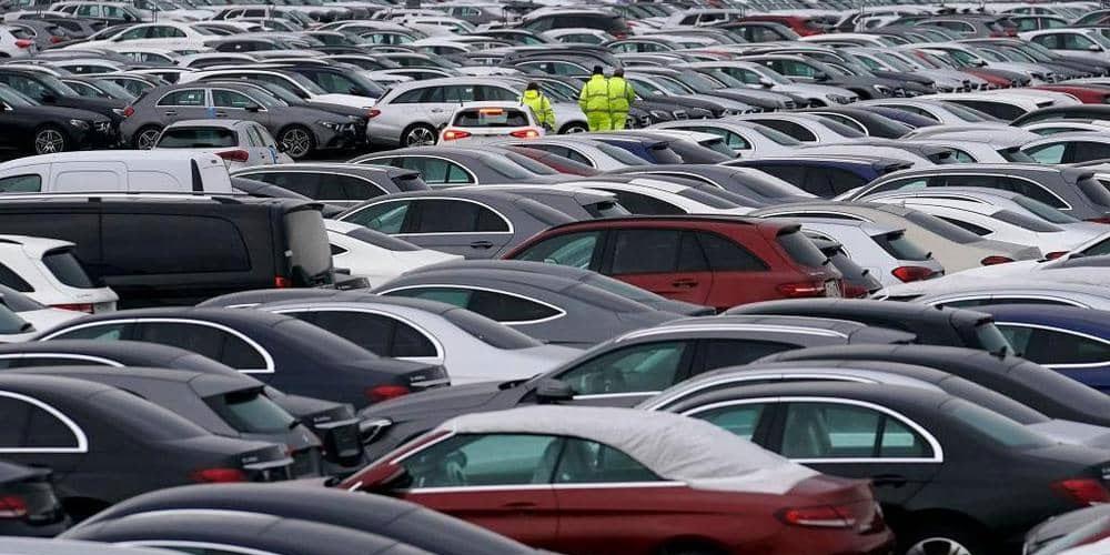 انخفاض مبيعات السيارات الأوروبية الجديدة
