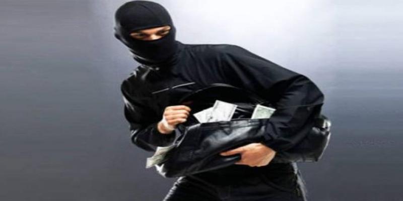 بن عروس: الكشف عن مرتكبي عمليّة سلب مبلغ مالي هام من أمام فرع بنكي في مقرين