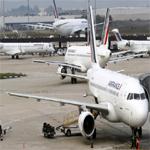 شركات طيران أمريكية وأوروبية تعلق رحلاتها إلى اسرائيل