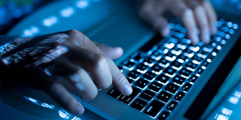 A 30 ans, le Web est-il devenu un ''monstre hors de tout contrôle''?