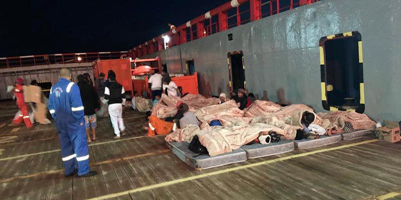 Le bateau ayant sauvé des migrants, interdit d'accoster depuis 10 jours