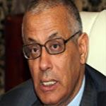 زيدان يهدد بقصف أي سفينة تنقل النفط خارج نطاق الحكومة الليبية