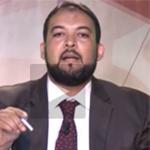 بالفيديو:على المباشر: منشط قناة الزيتونة يمزق قرار الهايكا بالخطية المالية ويلقيه في سلة الفضلات كسابقه