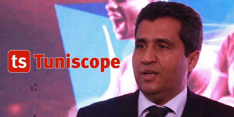 M. Anouar Maarouf Ministre des technologies à la réception en l'honneur de l'équipe nationale de volley-ball